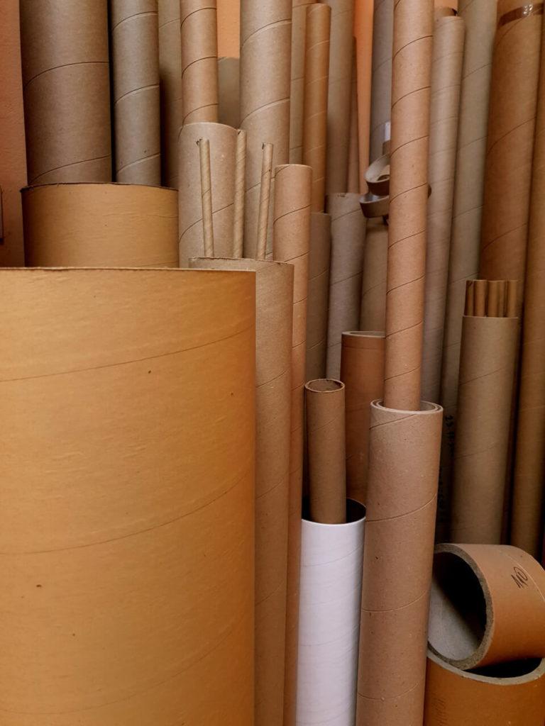 Kartonske cijevi različitih dimenzija